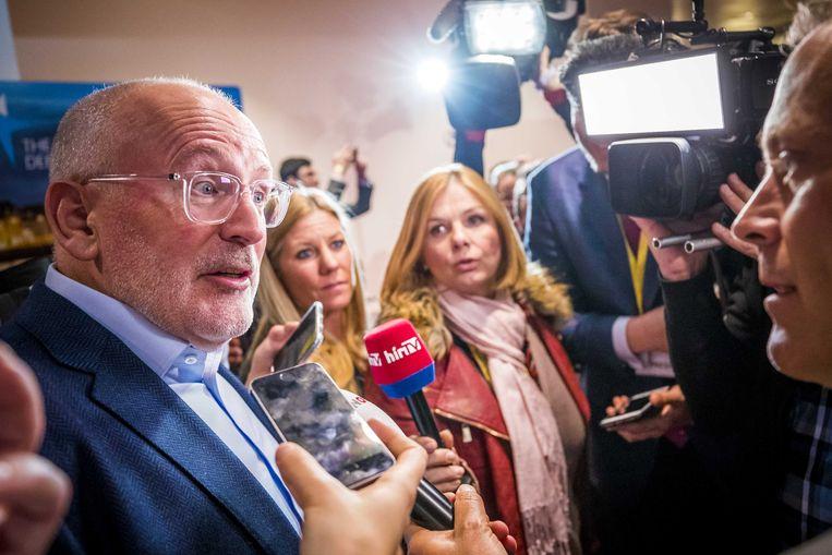Frans Timmermans maandagavond na het Maastricht Debate. In Theater aan het Vrijthof debatteerden vijf 'spitskandidaten' over belangrijke thema's voor de Europese verkiezingen. Beeld ANP
