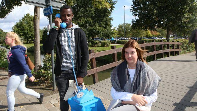 Blauwe telefoon peilt naar toekomstplannen van jongeren