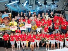 Vierdaagsewandelaars lopen 19.500 euro bijeen voor goede doelen