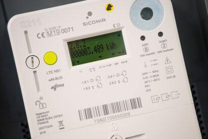 """Wat als eigenaars van zonnepanelen de deur gesloten houden? """"We gaan voor die digitale meter geen deurwaarders sturen"""""""
