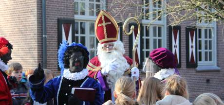 Intocht Sint in Haren na overnachting in  't Klooster
