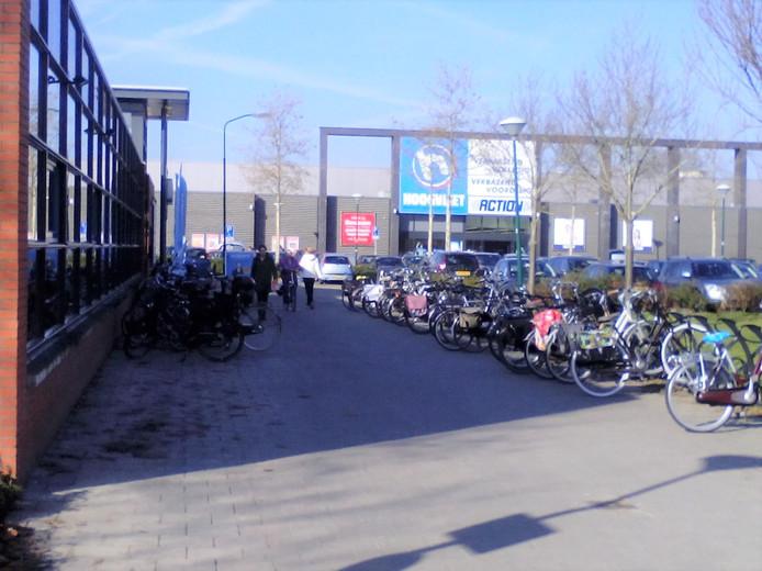 GroenLinks wil een direcht fiets- en voetpad naar het nieuwe zwembad.