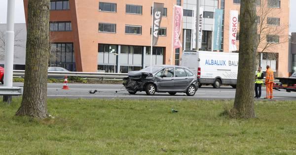 Verkeer weer op gang na eenzijdig ongeluk op A12 bij Duiven.