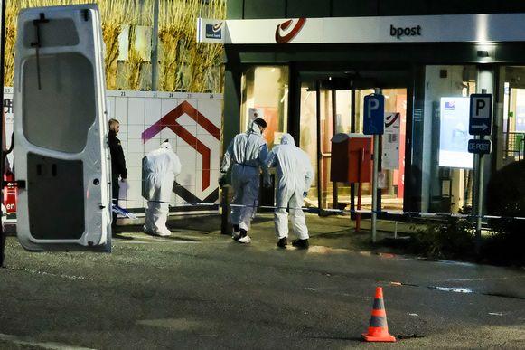 Bij de plofkraak op een bpost-filiaal in Zaventem zouden de daders 350.000 euro gestolen hebben.