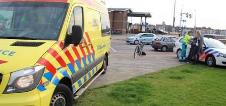 Fietser loopt hoofdwond op bij aanrijding in Kampen
