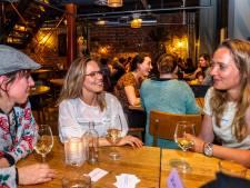'Heb je hobby's?' Gisteren was de eerste vriendinnenspeeddateavond van Nederland