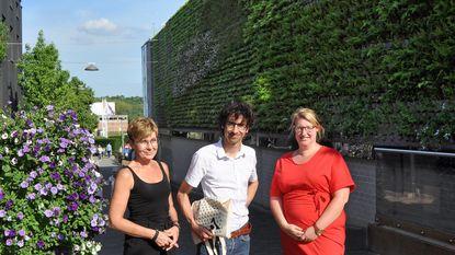 Groene wand met 8.000 planten