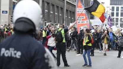 Politie vraagt om beelden van relschoppers op klimaatmars te delen