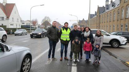 School bezorgd over onveilige Meenseweg