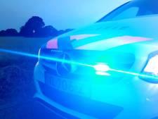 Politie grijpt in: automobiliste gooit zich vol met bier en gaat de weg op in Rijen