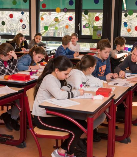 Steeds minder leerlingen in West-Brabant zitten thuis verstoken van onderwijs