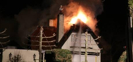 Woning in brand aan de Zwaanhoefstraat in Roosendaal
