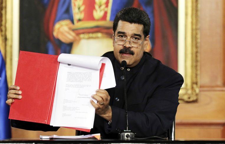 Vertegenwoordigers van de Amerikaanse regering hebben geheime ontmoetingen gehad met dissidente Venezolaanse officieren over een mogelijke staatsgreep tegen de president van het Zuid-Amerikaanse land, Nicolas Maduro (foto).