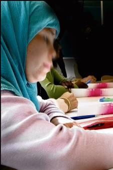 Vier dagen per week naar school: Wijchen boekt opvallend goede resultaten met intensieve begeleiding Syriërs