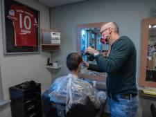 Belgen massaal naar de Nederlandse kapper door lockdown: 'ze bellen ons suf'
