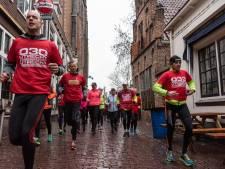 Vroeg uit de veren voor de marathon: 130 hardlopers maken nu al kilometers