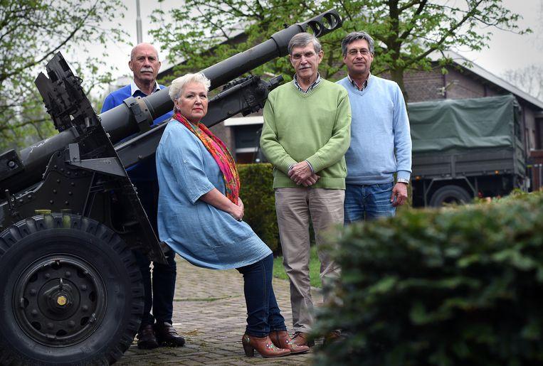 Poolse Nederlanders van de tweede generatie in Breda. Van links naar rechts:  Frans Ruczynski, Bozena Rijnhout, Ed Cuber en Roel Noga. Beeld Marcel van den Bergh