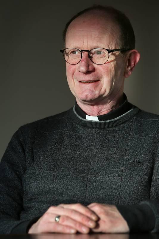 Pastoor Ronald van Bronswijk van de Roosendaalse Norbertusparochie.