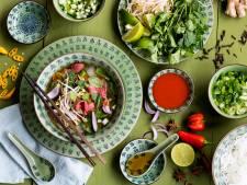 Wat Eten We Vandaag: Beef pho met mihoen en wokgroente