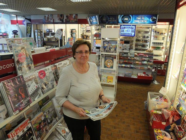 Dina De Lange in haar Press Shop op de Markt.