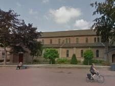 Aanhoudingen voor stelen kaarsengeld in kerk in Elst: 'Pijnlijk en erger dan die paar honderd euro'