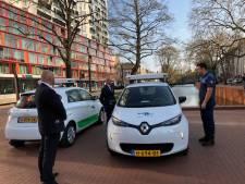 Elektrische Renaults met 360 graden-camera's leggen samenscholingen in Rotterdam vast