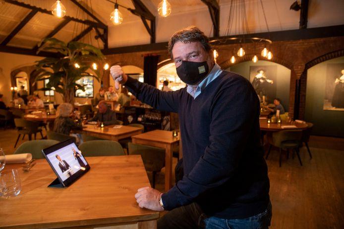 Eigenaar van restaurant Pomphuis Ton van der Zandt is niet blij met de uitkomst van de persconferentie.