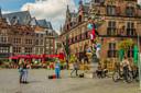 Studenten ontdekken Nijmegen tijdens Radboud Downtown.