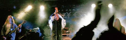 Ozzy Ozz  in 2007. De tributeband, die inmiddels uit elkaar is, zag in dat jaar alle instrumenten en apparatuur in vlammen opgaan op de Duitse autobahn. Achteraf het begin van het tributefestival Tuinrock