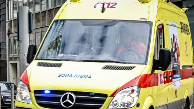 Bromfietsster gewond na aanrijding door wagen