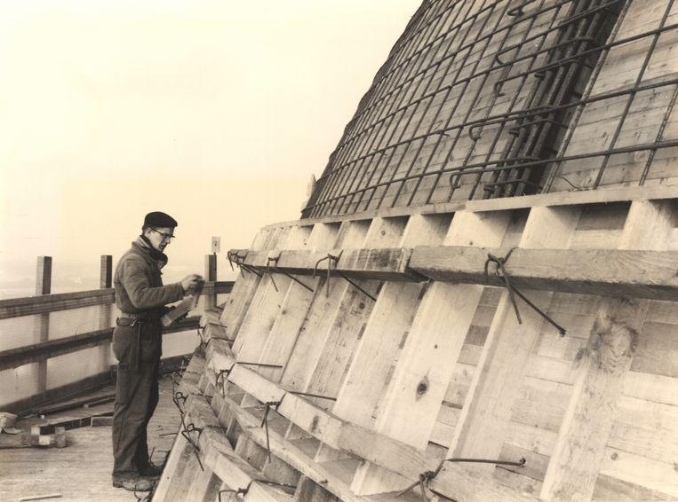 De bouw van de koepel van de Basiliek van Koekelberg (1969).
