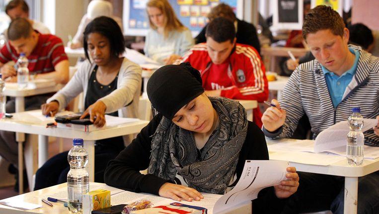 De eindexamens op middelbare scholen zijn dit jaar beter gemaakt dan in 2012. Beeld ANP