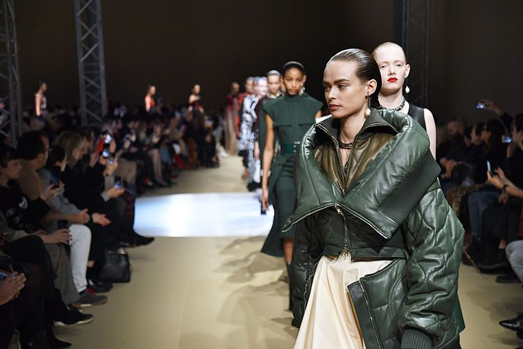 Paris Fashion Week AW18 Alexander McQueen.