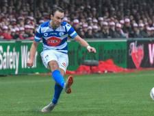 Spakenburg-aanvaller kapt ermee na reserverol in Arena: 'Alsof je in je rug bent gestoken'
