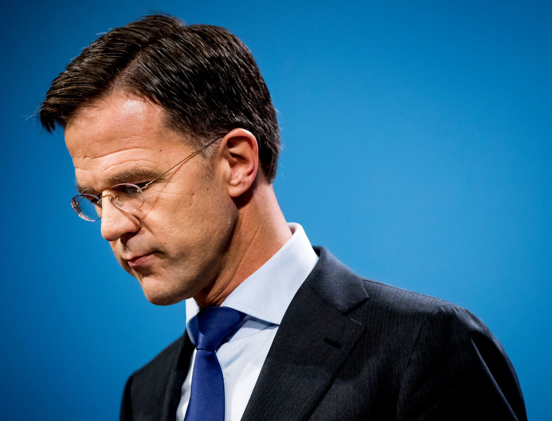 Het humeur van de doorgaans zo opgewekte Mark Rutte is de laatste maanden behoorlijk onder druk komen te staan.