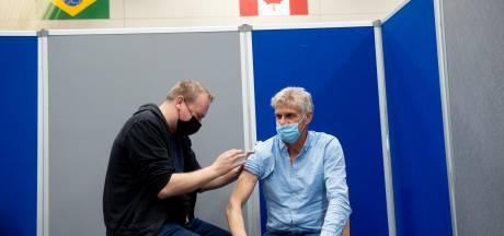 Proefdraaien in Apeldoornse prikhal: alles is er, behalve het vaccin