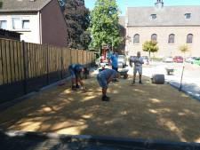 Jeu-de-boulesbanen in de maak in Langeweg