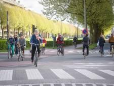 """Stad installeert 7 nieuwe openbare fietspompen. """"Pomp in straal van 1 kilometer in centrum Gent"""""""