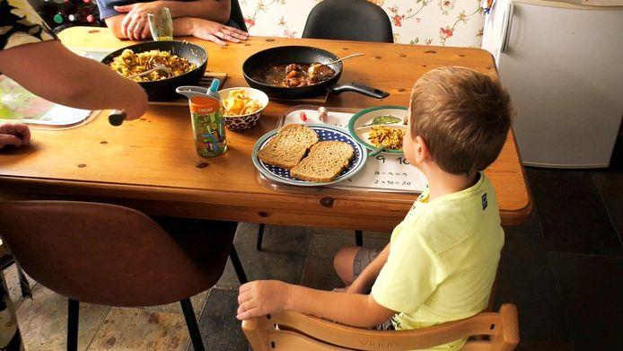 Het zoontje van familie Elfes eet al jaren geen groente.