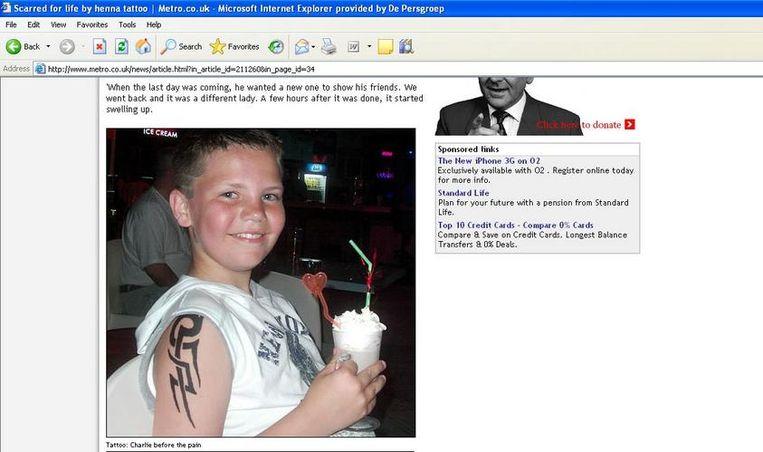 Bij de eerste tatoage die Charlie liet zetten, waren er geen problemen.(Foto Metro.co.uk)