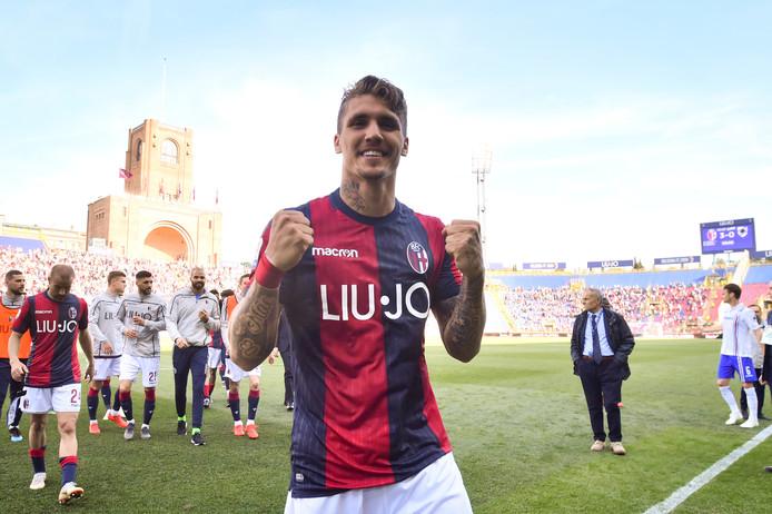 Lyanco in actie voor Bologna.