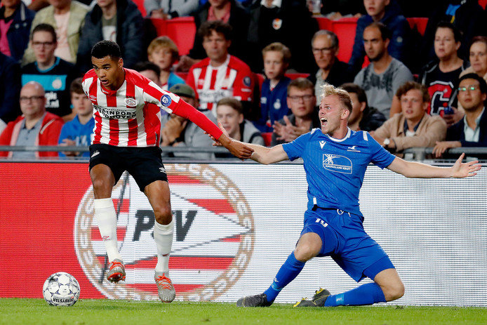 Cody Gakpo startte in de basis bij PSV.