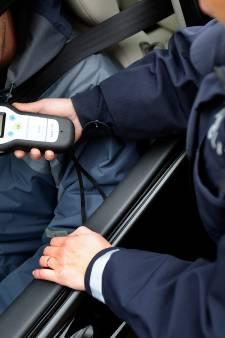 Rhenense bestuurster (21) twee keer betrapt op dronken rijden