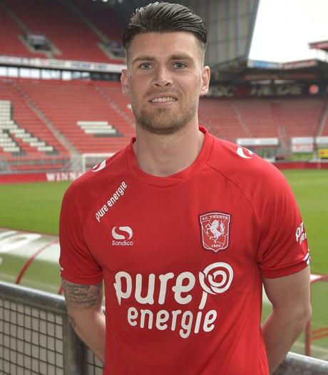 Danny Holla zet handtekening bij FC Twente