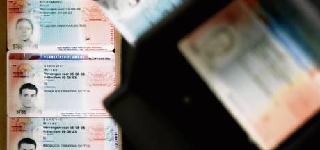 Georgiër en Bulgaar aangehouden voor valse papieren in Oldenzaal