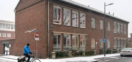 Volksuniversiteit Den Bosch loopt leeg: flink snoeien in cursusaanbod en op zoek naar een ander pand om te overleven