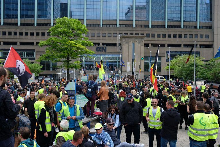 Gele hesjes aan het Brusselse Noordstation.