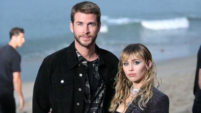 Miley Cyrus en Liam Hemsworth vieren 10 jaar samenzijn met uithaal naar roddelpers