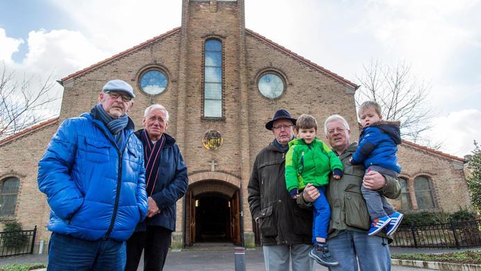 Vrijwilligers en parochianen van de Jacobuskerk verzetten zich tegen sluiting.