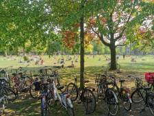 Vier Utrechtse parken door politie leeggeveegd vanwege drukte
